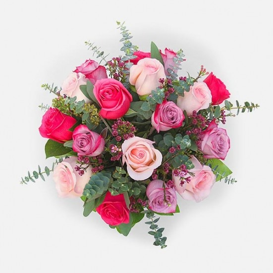 17 Lovely Roses Just Because