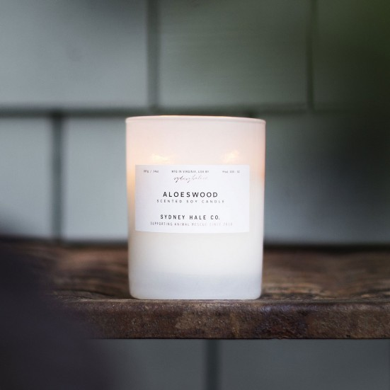 Aloeswood Scented Soy Candle Mother's Day